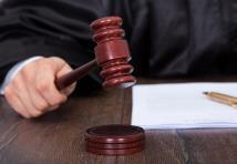 Litige avec votre assurance : faut-il agir en justice ?